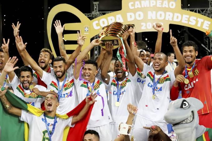 Sampaio Corrêa comemora o título da Copa do Nordeste