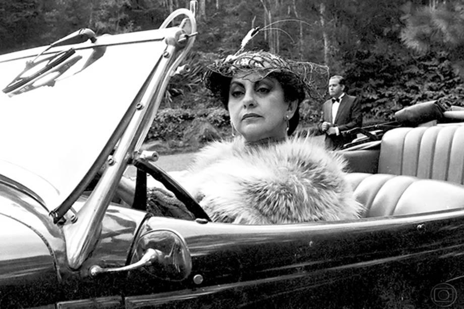 Beatriz Segall na série 'A, E, I, O...Urca', de 1990