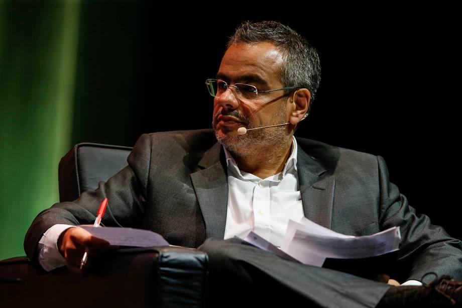 Mauricio Lima, redator-chefe de VEJA, entrevista o candidato Henrique Meirelles (MDB)