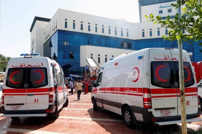 Homens armados atacam sede da Companhia Nacional de Petróleo em Trípoli