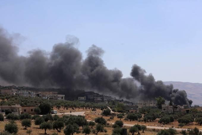 Rússia bombardeia último reduto rebelde na Síria