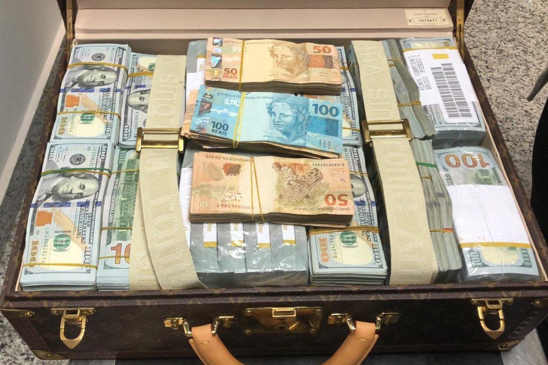 Paus de arara e malas com dinheiro (por Cristovam Buarque)
