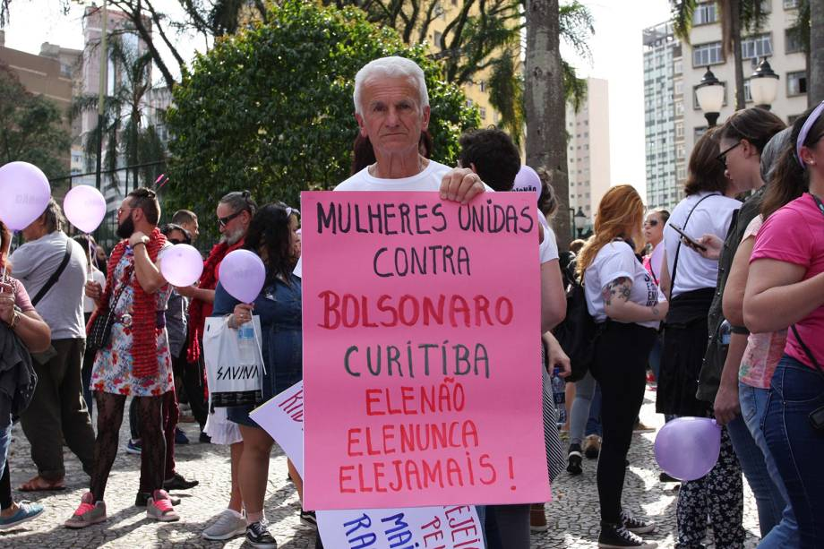 Manifestação na Boca Maldita, em Curitiba - 29/09/2018