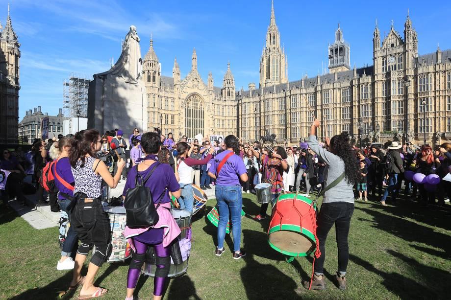Protesto contra o presidenciável Jair Bolsonaro (PSL) em Londres, no Reino Unido - 29/09/2018