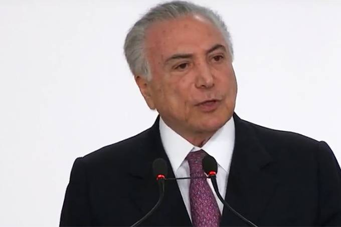 Temer realiza pronunciamento após Bolsonaro sofrer ataque