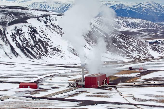 Usina geotermal