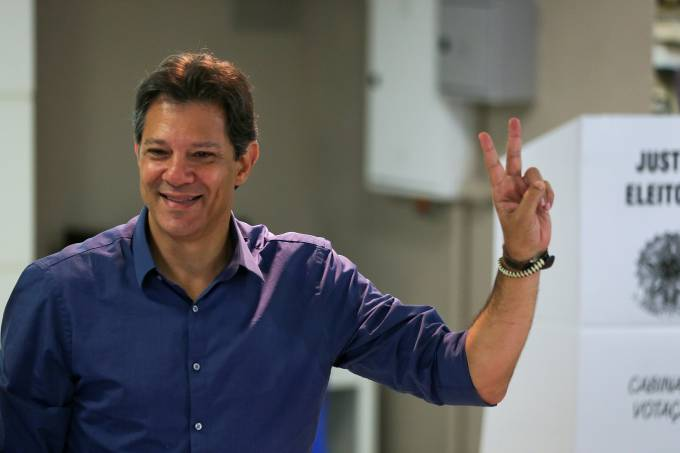 Fernando Haddad vota em São Paulo