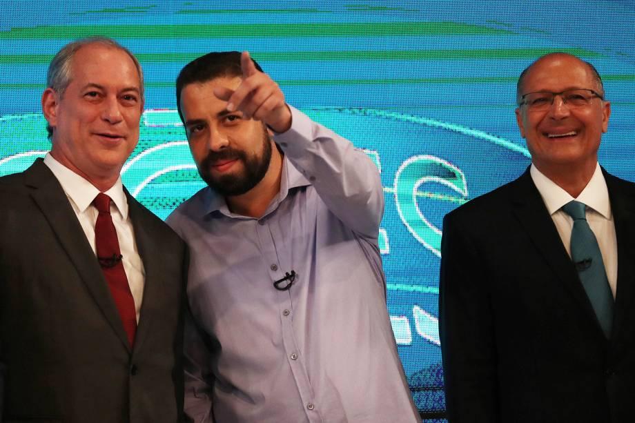 Ciro Gomes (PDT), Guilherme Boulos (PSOL) e Geraldo Alckmin (PSDB), antes do início de debate entre presidenciáveis realizado pela TV Globo - 04/10/2018