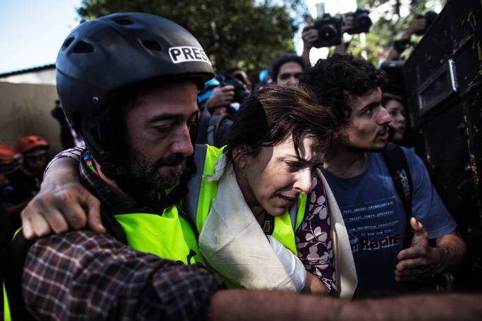 Jornalista ferida em protesto realizado em São Paulo
