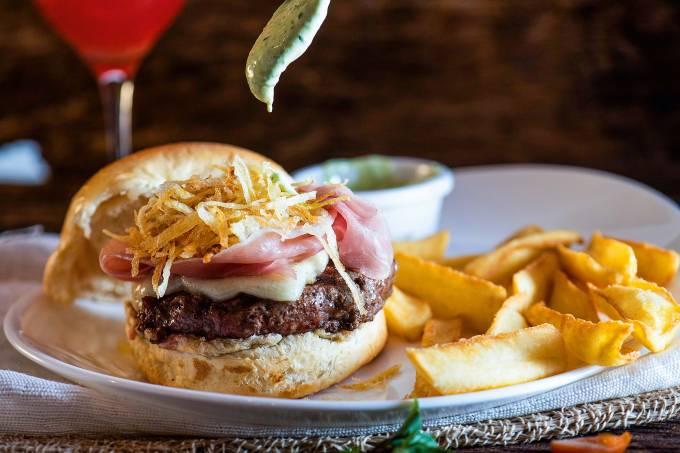Bahrem Burger & Grill Comer e Beber Goiania – Comidinhas – Bahrem Burger Marista 0013.jpg