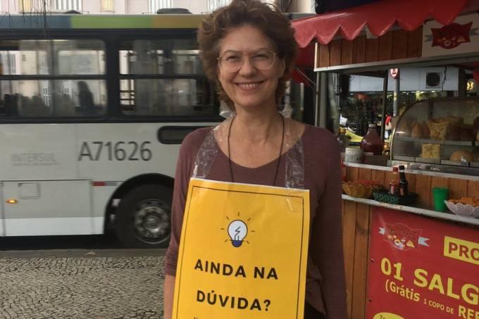 Patricia Pillar faz campanha no Rio de Janeiro para Fernando Haddad (PT)