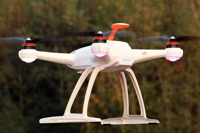 drone-1765145_1920