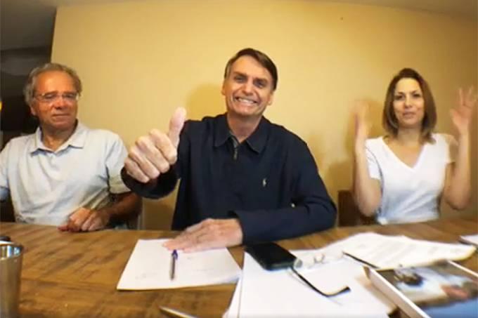 Jair Bolsonaro agradece eleitores