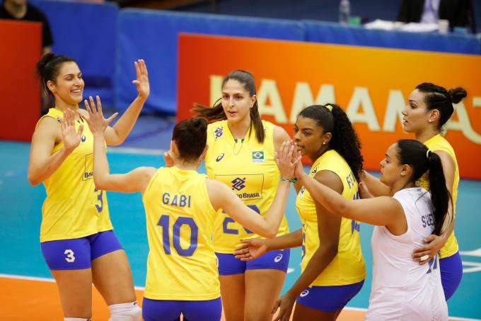 Seleção brasileira vence o Cazaquistão no Mundial de Vôlei Feminino