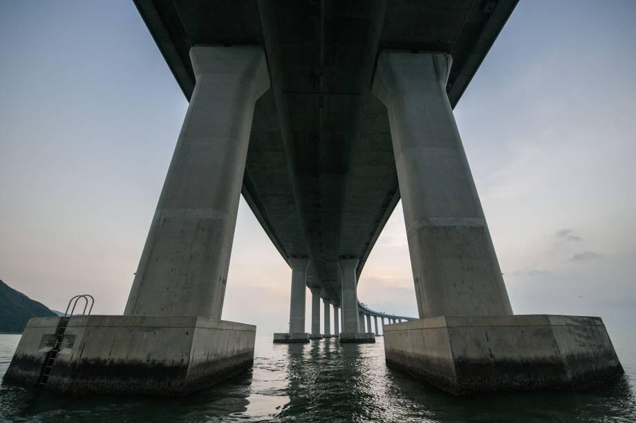 Vista geral de um trecho da ponte Hong Kong-Zhuhai-Macau (HKZM) em Hong Kong - 22/10/2018