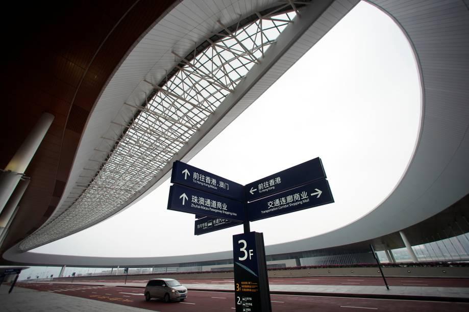 Vista do porto de Zhuhai na ponte de Hong Kong-Zhuhai-Macau é vista após sua cerimônia de abertura em Zhuhai, na China - 23/10/2018