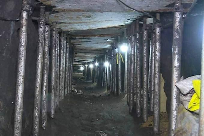 Quadrilha cavou túnel para resgatar 80 membros do PCC de prisão no Paraguai