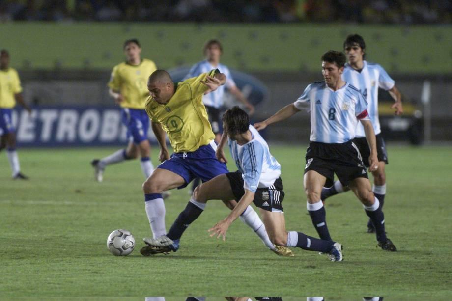 Ronaldo Fenômeno durante o jogo do Brasil contra a Argentina (3X1), partida válida pelas eliminatórias da Copa da Alemanha de 2006.