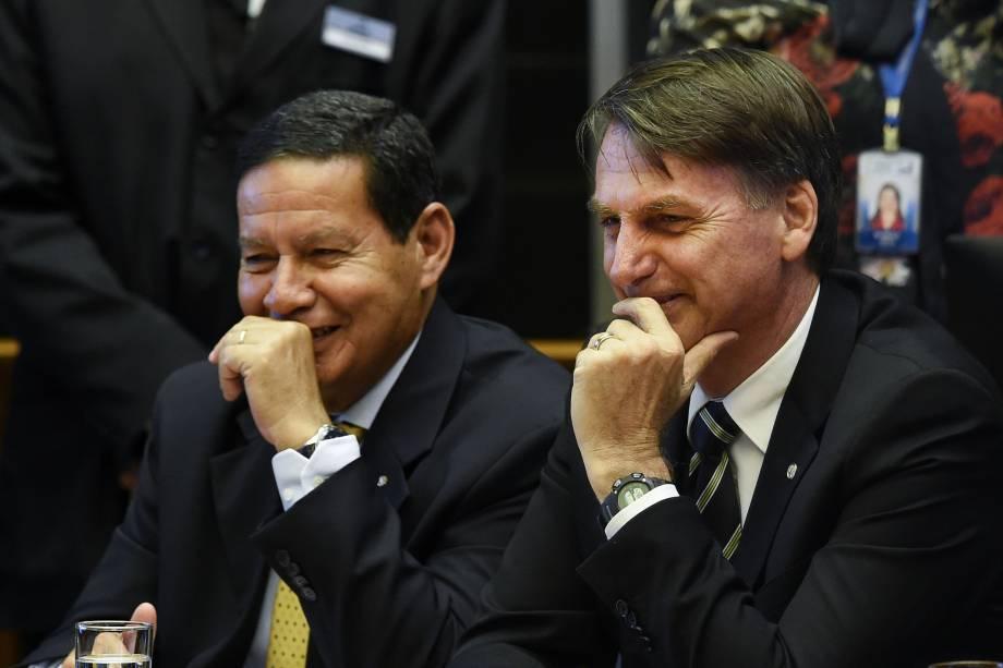 O presidente eleito Jair Bolsonaro e o seu vice general Hamilton Mourão, participam da cerimônia do 30º aniversário da Constituição Federal no Congresso em Brasília - 06/11/2018