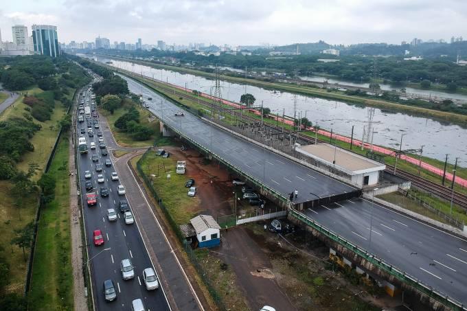 Viaduto na Marginal Pinheiros