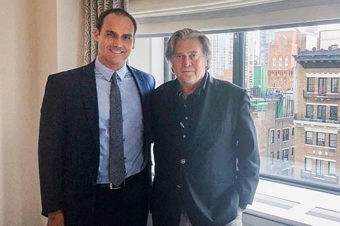Eduardo Bolsonaro e Steve Bannon