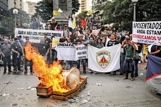 Protesto de policiais em Belo Horizonte