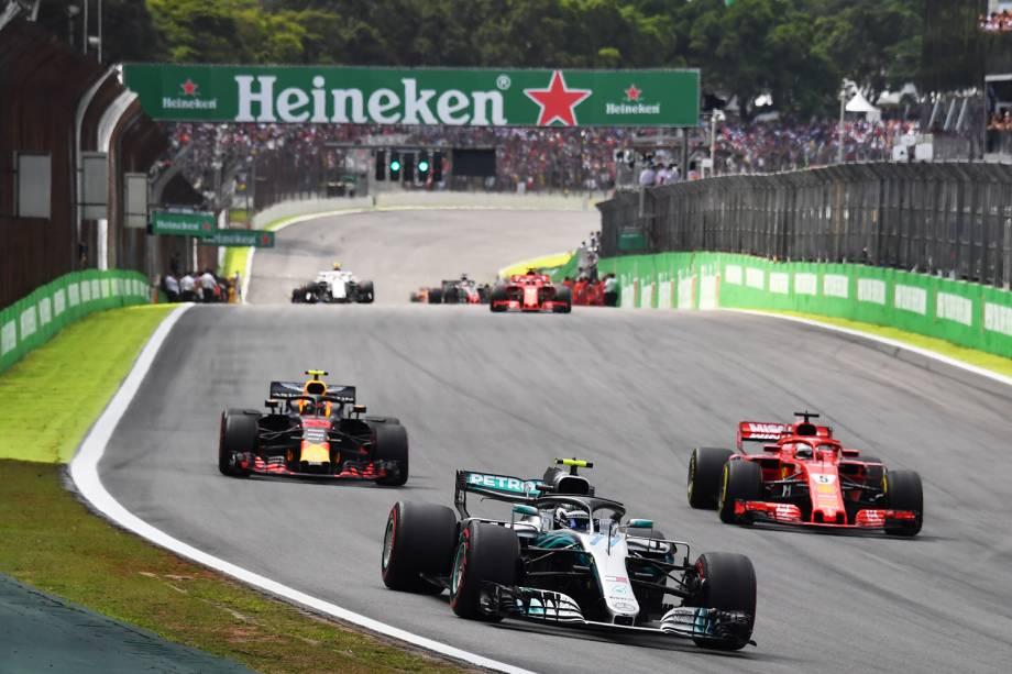 O piloto  Valtteri Bottas, da Mercedes, durante o GP do Brasil de Fórmula 1, realizado no Autódromo de Interlagos - 11/11/2018