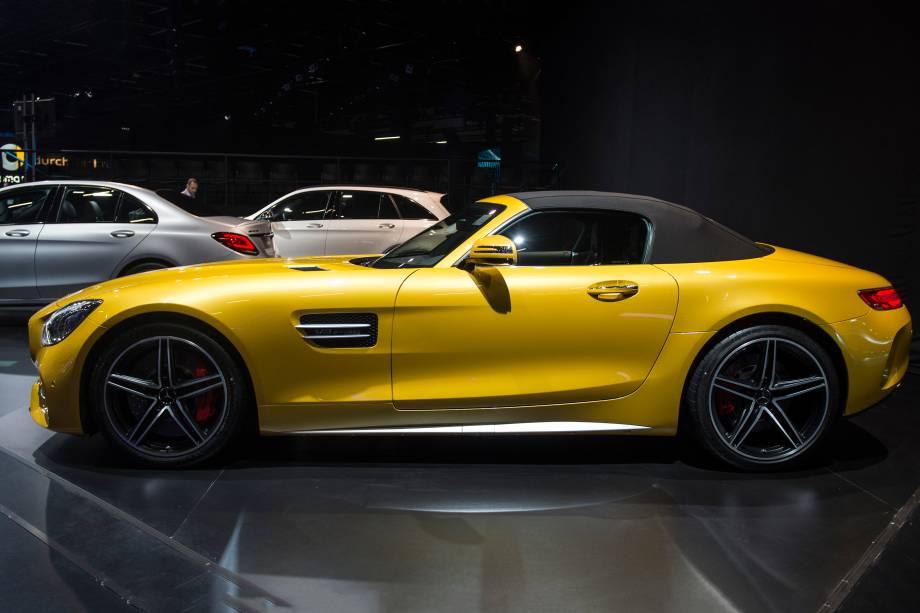 Mercedes-AMG GT C é apresentado durante a abertura do Salão do Automóvel 2018 para a imprensa, no São Paulo Expo - 06/11/2018