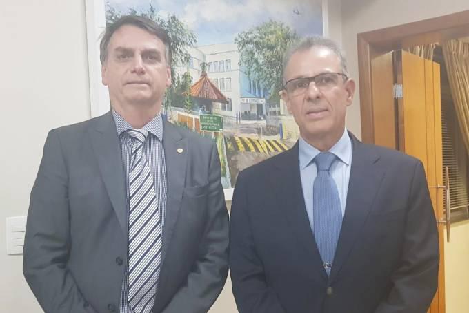 Bolsonaro anuncia ministro de Minas e Energia