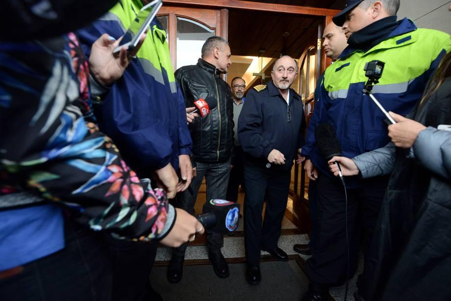 Gabriel Attis, Capitão da Marinha, chega a Base Naval Argentina para coletiva de imprensa no Mar del Plata - 17/11/2018