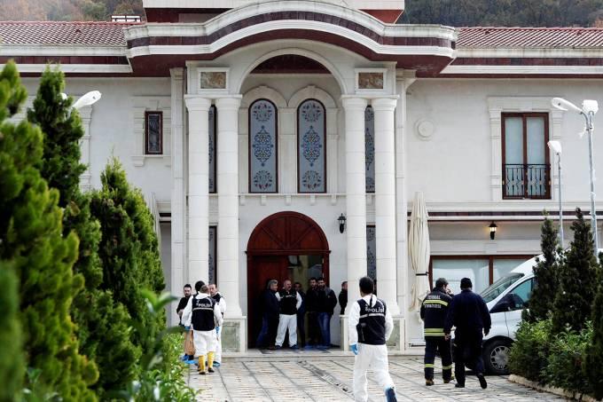Polícia turca faz buscas em mansão à procura de Jamal Khashoggi