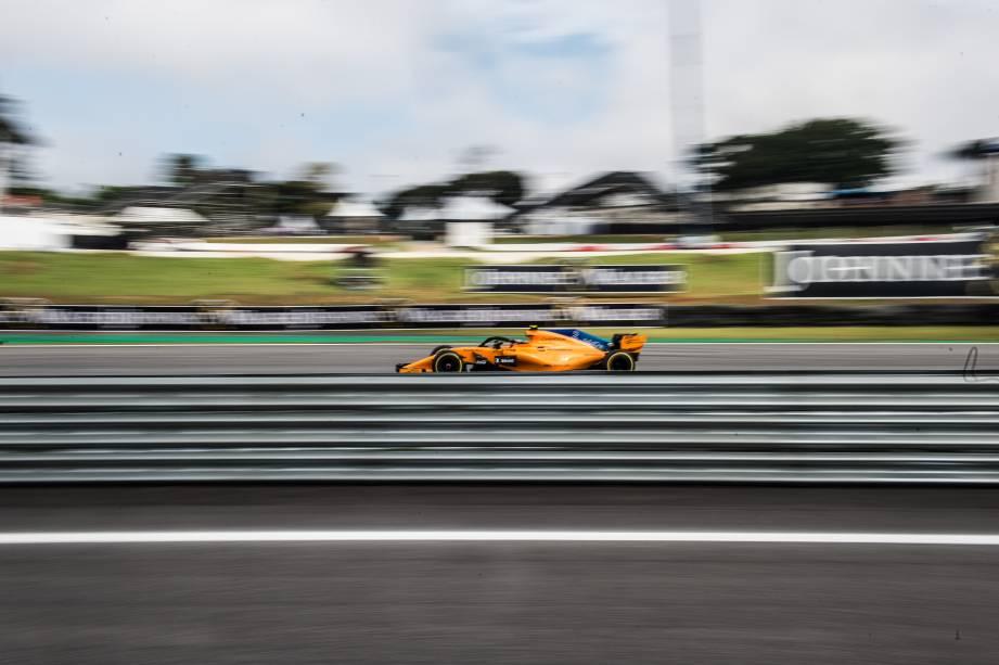 O piloto belga Stoffel Vandoorne da McLaren durante Grande Prêmio do Brasil