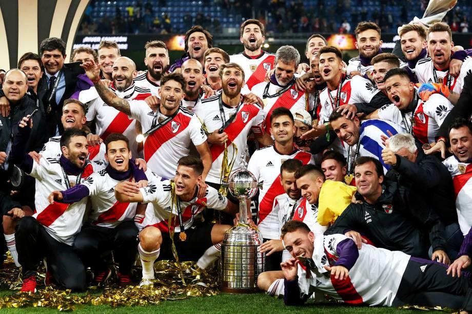Jogadores do River Plate comemoram após a conquista do tetracampeonato da Copa Libertadores da América - 09/12/2018
