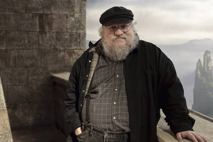 GEORGE-R-R-MARTIN-GAME-OF-THRONES