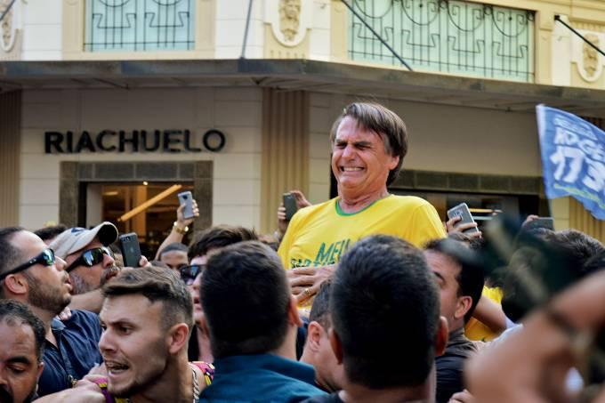 Jair Bolsonaro esfaqueado em Juiz de Fora (MG)