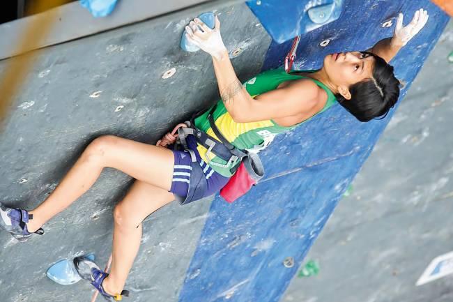 Thais Makino, 30 anos, a primeira colocada do ranking brasileiro