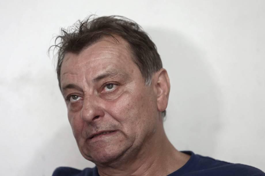 O ex-ativista de esquerda italiano Cesare Battisti durante entrevista à AFP em Cananéia, estado de São Paulo - 20/10/2017