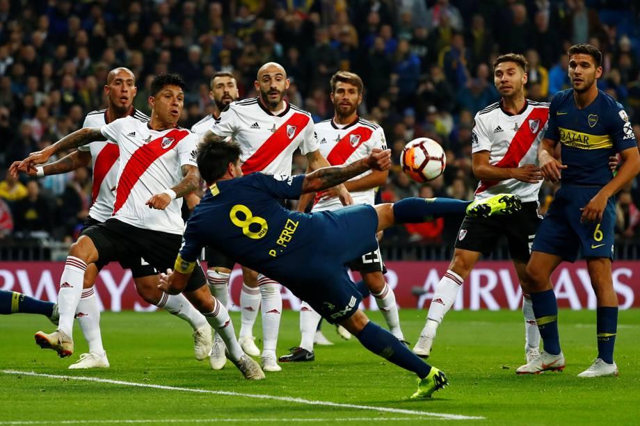 Pablo Perez do Boca Juniors tenta marcar gol durante partida contra o River Plate em Madri, Espanha - 09/12/2018