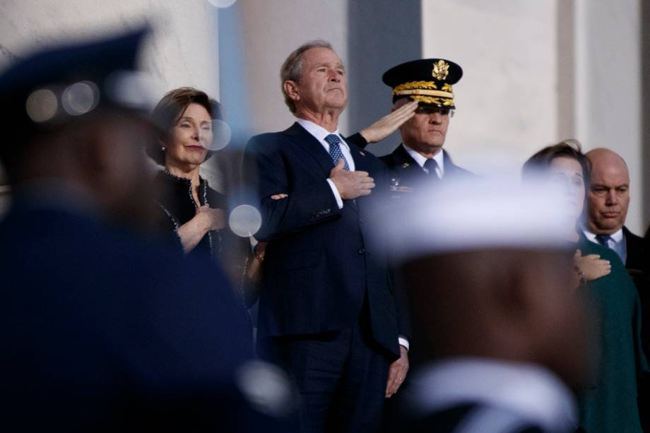 O ex-presidente George W.Bush participa do funeral de seu pai, George H. W. Bush, realizado na rotunda do Capitólio dos Estados Unidos, em Washington - 03/12/2018