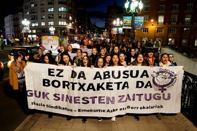 Protestos na Espanha por direitos das mulheres