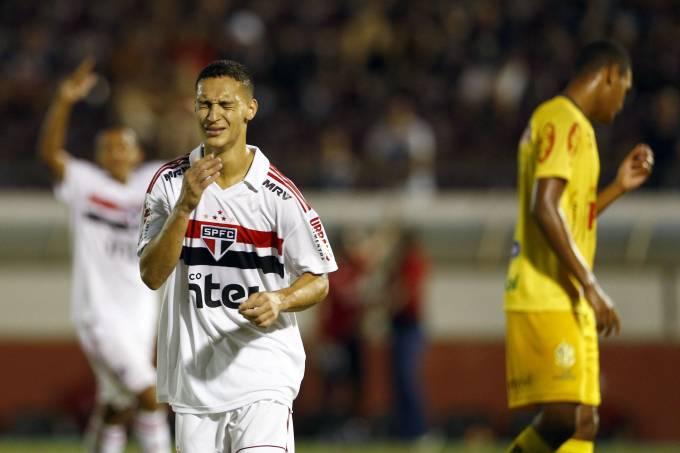 Comemoração do gol de Antony, do São Paulo