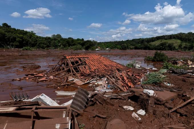 Rompimento da barragem