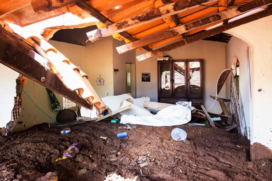 Casa é atingida por lama após rompimento de barragem da mineradora Vale, em Brumadinho (MG) - 28/01/2019