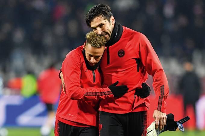 Neymar e Gianluigi Buffon