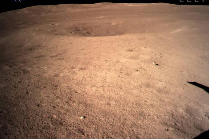 Sonda chinesa mostra o lado oculto da Lua