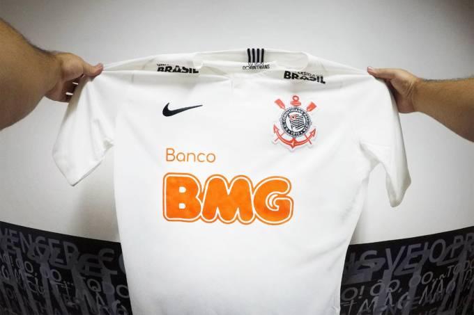 Corinthians anuncia patrocínio do Banco BMG