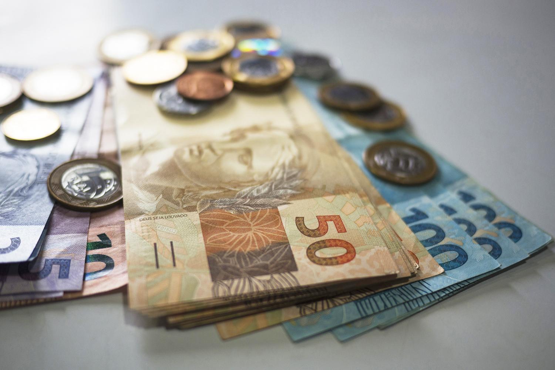 Empresas prometem devolver até 100% do dinheiro gasto na Black ...