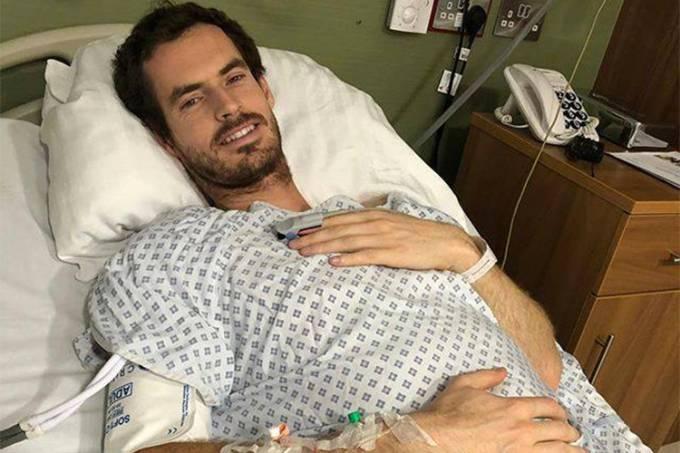 Andy Murray publica foto após cirurgia no quadril
