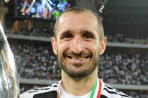 Agente de Chiellini reclama de descaso da Juventus -