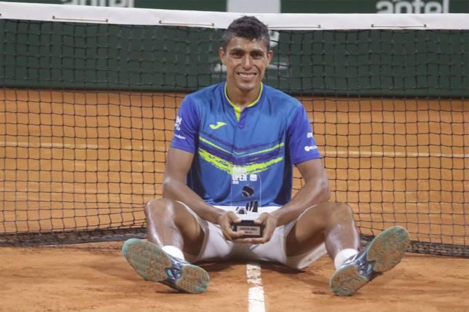 Thiago Monteiro ganha o Challenger Punta del Este, no Uruguai